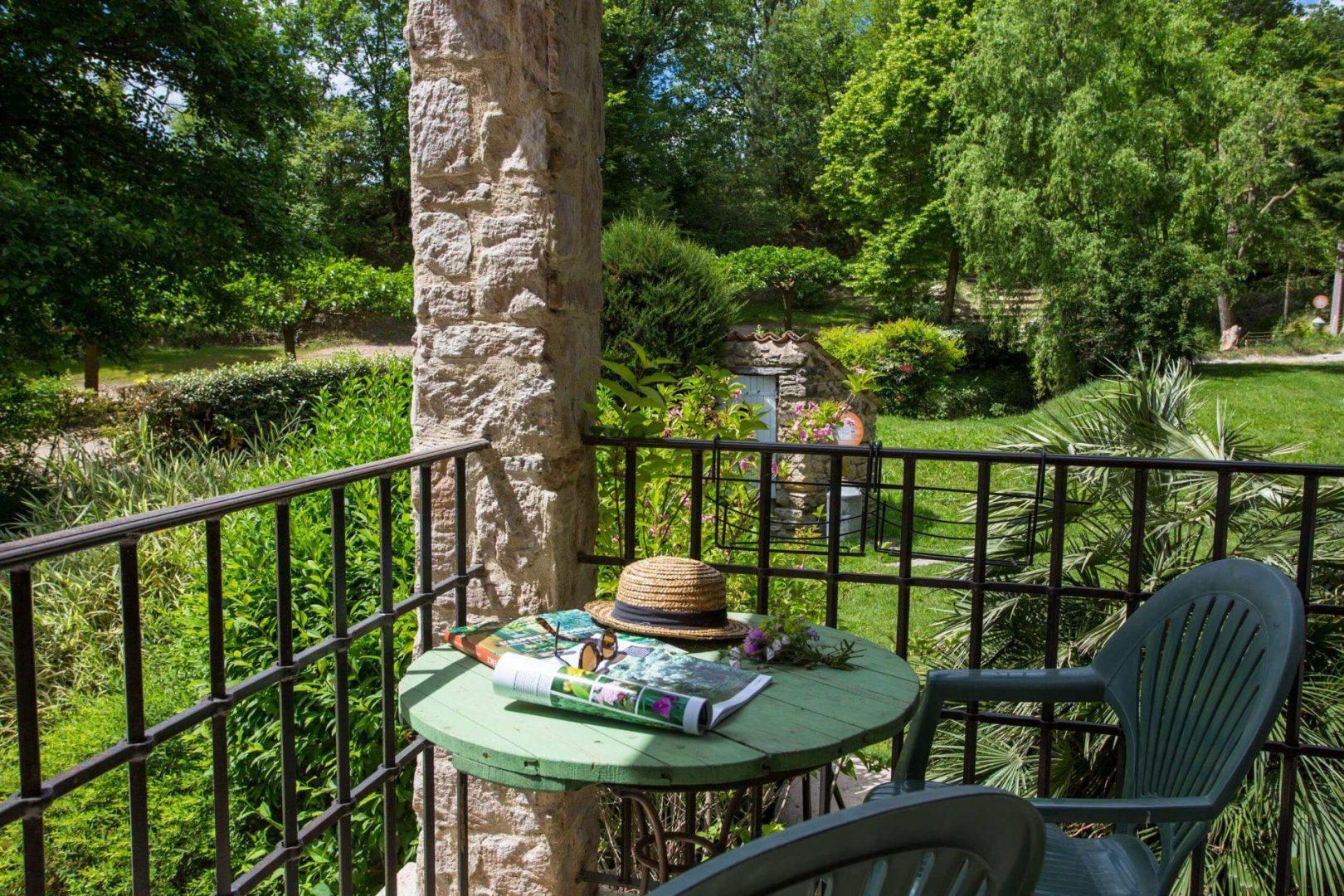 campagne st lazare balcon suite rez de jardin