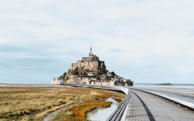 Le Mont-Saint-Michel en train
