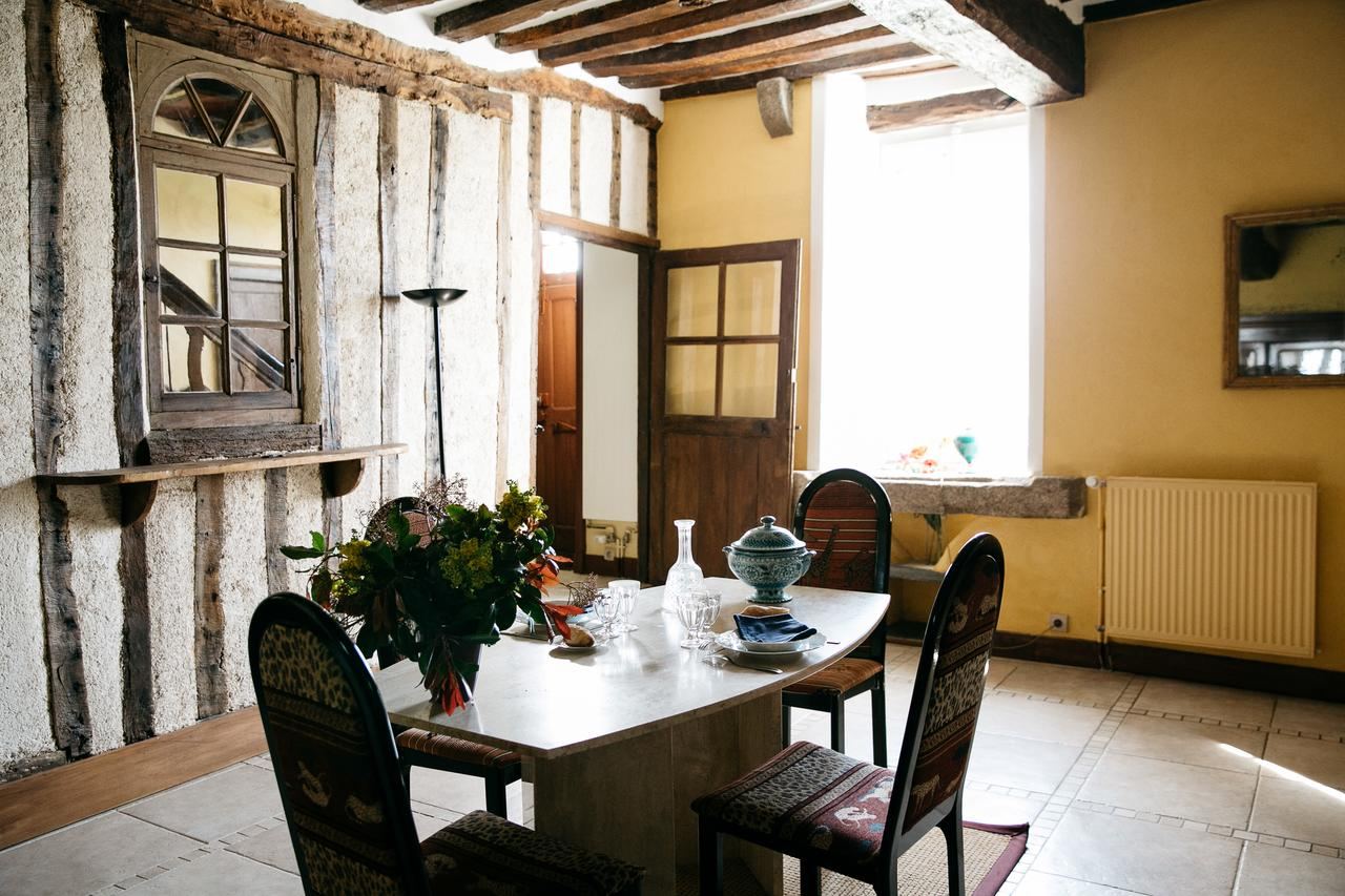 vieille foulonniere mont-saint-michel salle à manger